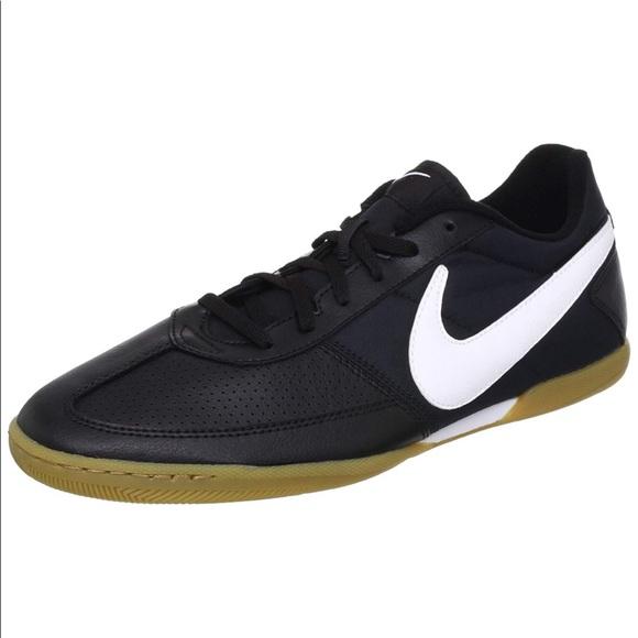 Brand New Nike Davinho Indoor Soccer